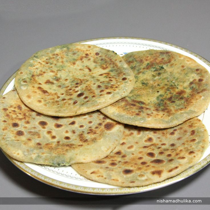 Delicious Methi stuffed paratha for your dinner time. Link : http://nishamadhulika.com/paratha_poori/methi-paratha-recipe.html