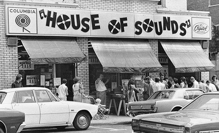 379 Best Record Stores For Everyone Images On Pinterest