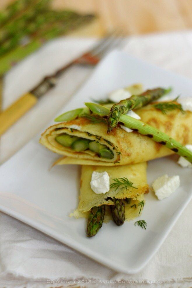 spring omelette with grilled asparagus and spring onions