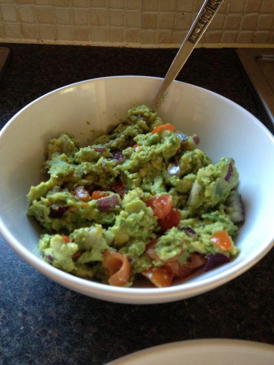 Recipe: Homemade Guacamole #glutenfree #paleo #diet #healthy #weightloss #recipe