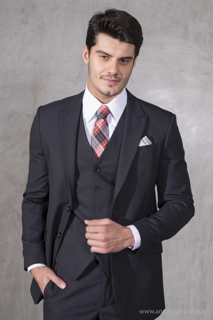 Terno Camargo para Black Tie. Foto: Ricky Arruda.