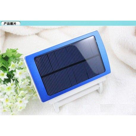Cargador portatil para Telefonos moviles, parlantes, Audifonos Bluetooth etc.. Funciona con corriente y con energía solar.  Una practica y Economica opcion que hace tu vida más fácil....... Almejorprecio.co