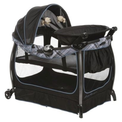 how to survive traveling with kids win 100 play pen bassinet and target. Black Bedroom Furniture Sets. Home Design Ideas