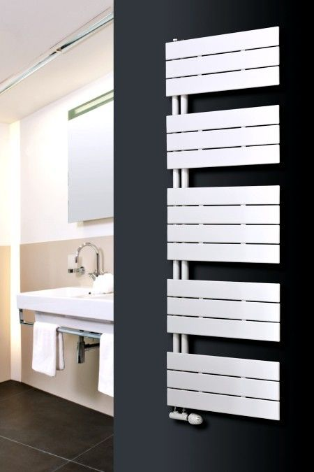 Ein Schmuckstück des Herstellers Agadon mit auffallendem Design und einer beachtlichen Wärmeleistung, verwendbar als Heizkörper oder Handtuchtrockner in Bad, Küche, Sauna oder Wohnräumen. Der Radiator ist seitlich offen gestaltet und damit die praktische Version eines horizontalen Paneelheizkörpers.