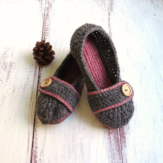 Crochet House Slippers Charcoal Grey and by StoneyCreekKnitters, $29.00