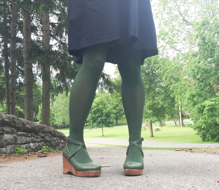 Embracing the Tights Trend for Fall & Link Up On the Edge #160