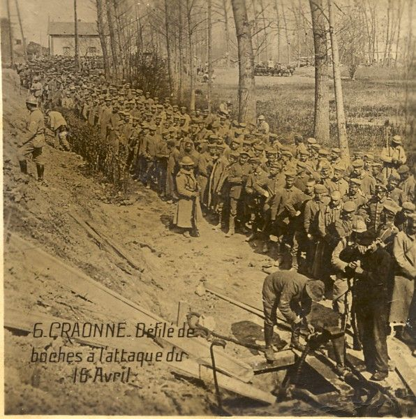 WW1, Craonne. German parade before the attack of April 16.