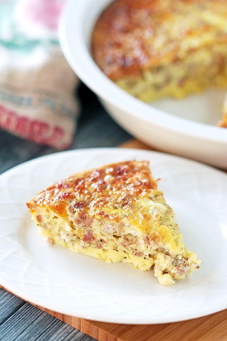 Low Carb Breakfast Casserole recipe - super easy and super versatile, this casserole makes it easy to add some variety to your low carb meals.