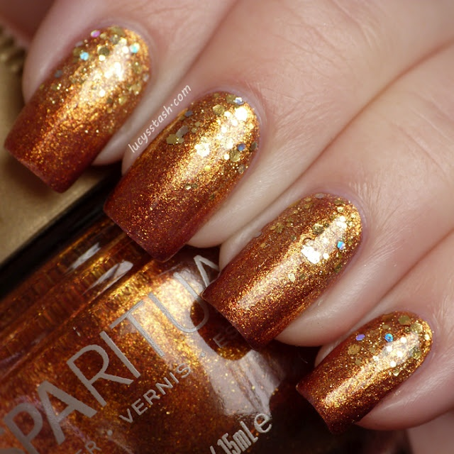 Ahhhh have to find this polish && buy it❤❤❤Nails Art, Gold Glitter, Golden Gradient, Lucy'S Stash, Golden Goddesses, Gradient Nails, Gradient Manicures, Glitter Gradient, Elf Golden
