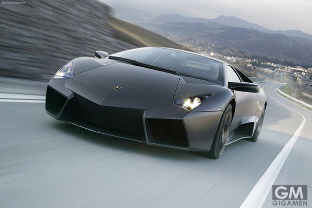 第5位 ランボルギーニ・レヴェントン(Lamborghini Reventon)約1億7,200万円 「バッジが無ければステルス戦闘機」