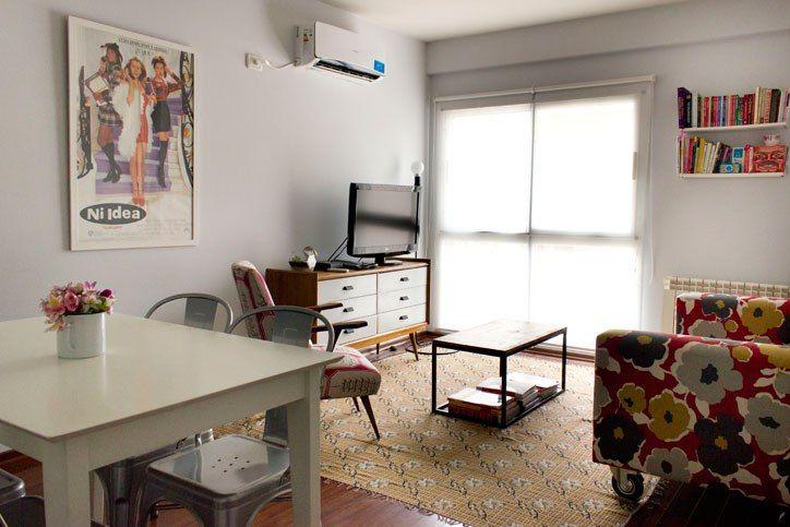 25 best ideas about peque a sala de estar en pinterest for Idea decorativa sala de estar pequeno espacio