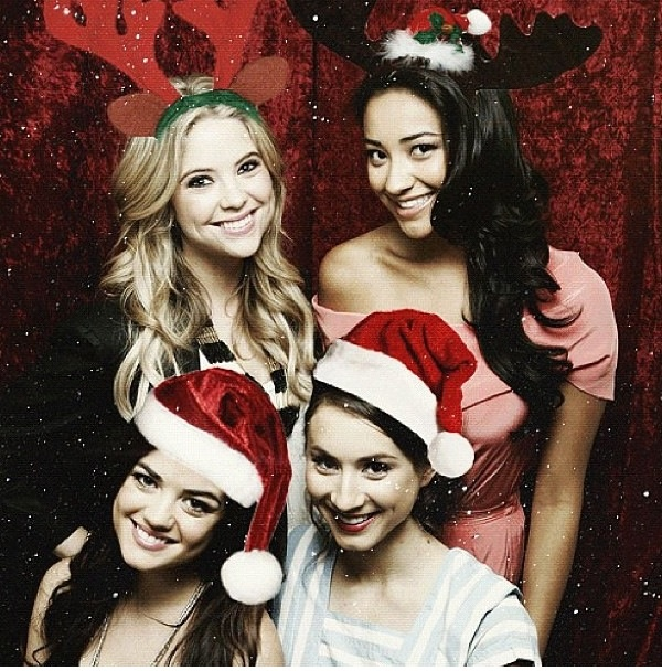 Merry Christmas!!!! -  pretty little liars