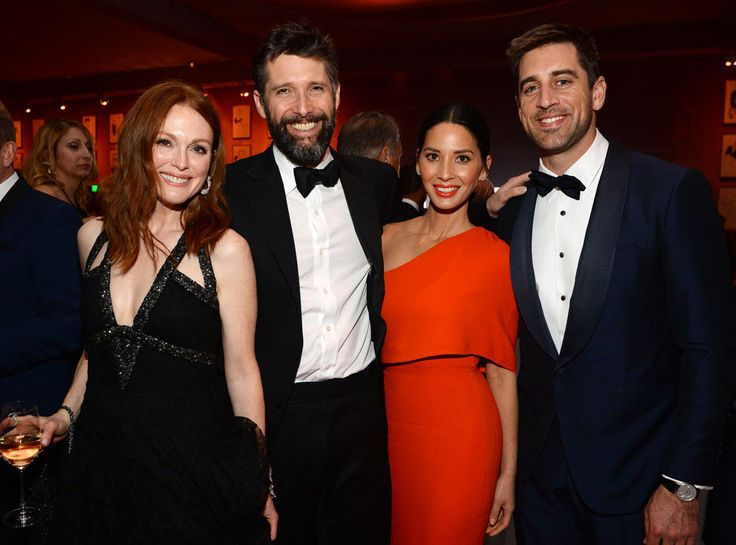 Julianne Moore, Bart Freundlich, Olivia Munn & Aaron Rodgers from Oscars 2016: Party Pics | E! Online