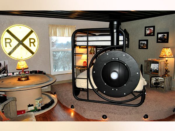 Boyu0027s Train Themed Room By