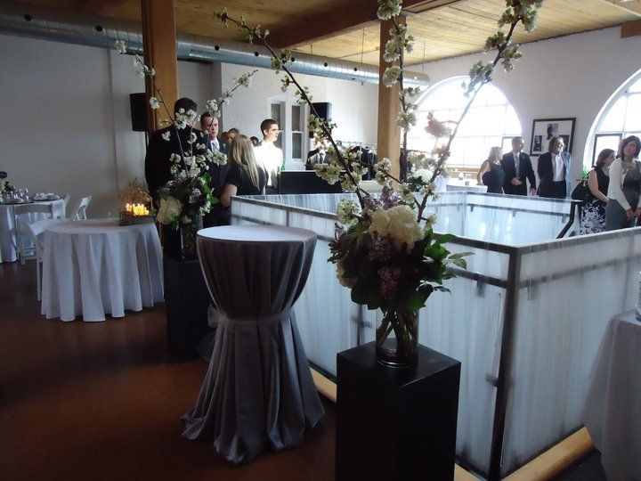 Wedding at Twist Gallery Downtown Toronto Art Gallery Wedding Venue Loft Queen Street West