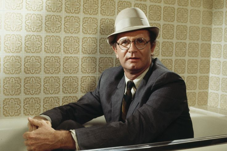 January 13 Celebrity Birthdays   Game show icon Charles Nelson Reilly, MLB pitcher Bob Forsch, and actress Gwen Verdon were all born on this day in history.