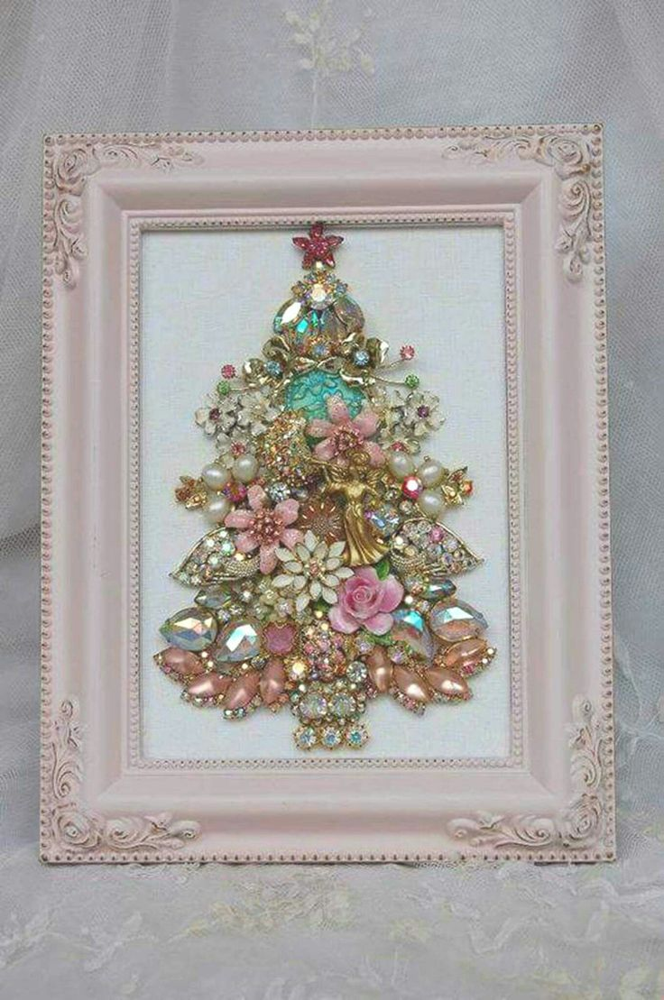 Something other than an Xmas tree bit great idea for big girl room decor!