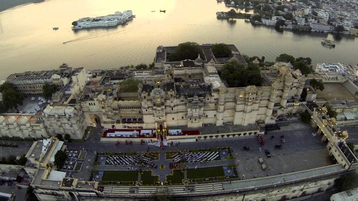 This old tradition is celebrated at City Palace Complex, Udaipur. Ashawa Poojan (horse worship ceremony) and Shastra Poojan (arms worship ceremony) are performed by the present Maharana of the royal family, Shreeji Arvind Singh Ji Mewar. #travel #India #seeIndia #festivals #Udaipur #Rajasthan #destinationIndia #Indianfestivals