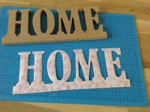 houten letters beplakken