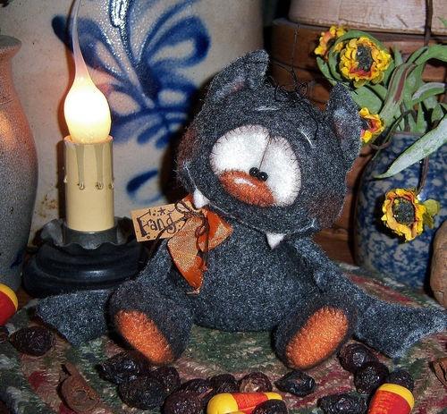 "Primitive Halloween Black Vampire Bat Bear 4"" Doll Vtg Patti's Ratties Ornie"
