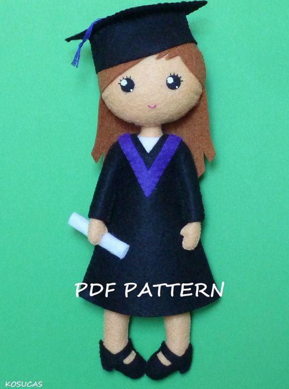 PDF patter to make a felt graduate | Agulhas, Bonecas e Boneco
