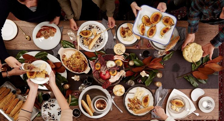 Here's Exactly When To Cook Every Dish For Thanksgiving Dinner