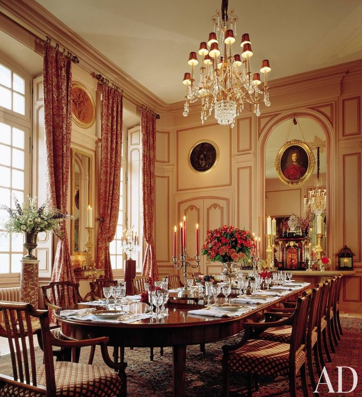 Traditional Dining Room By Timothy Corrigan Inc In Loire Valley France
