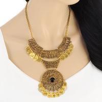 Hollow Out Coin Design Short   Gold Color. Dapatkan Aksesoris Wanita Kalung Import dengan harga grosir di http://www.tokofobia.com