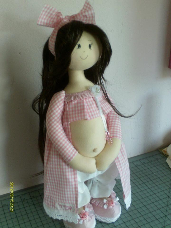 Boneca de pano gravida
