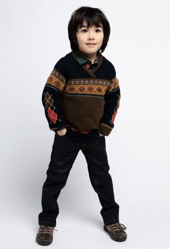 Kenzo Kids fashion for fall/winter 2012, restraint is the name of the game for Kenzo this season. www.enjibebe.com #enjibebe #kenzokids #kid #children #clothing #designer #japan #fashion