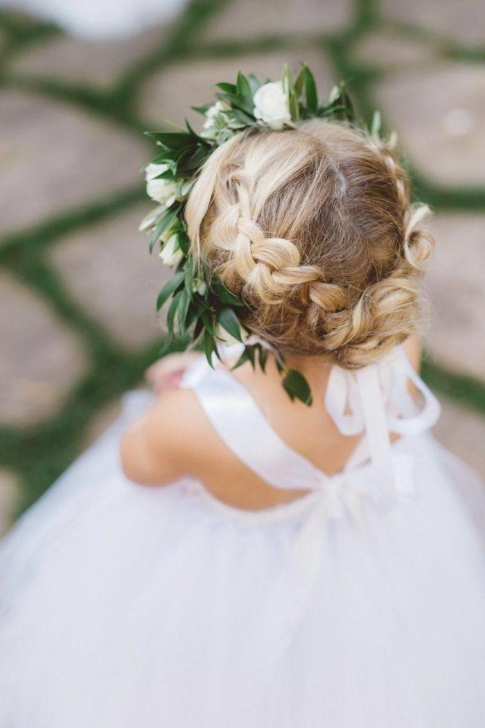 1001 Ideen Fur Kommunionfrisuren Fur Madchen Und Nutzliche Tipps Zum Fest In 2020 Kommunion Frisuren Kommunion Frisur Madchen Blumenmadchen Kleid