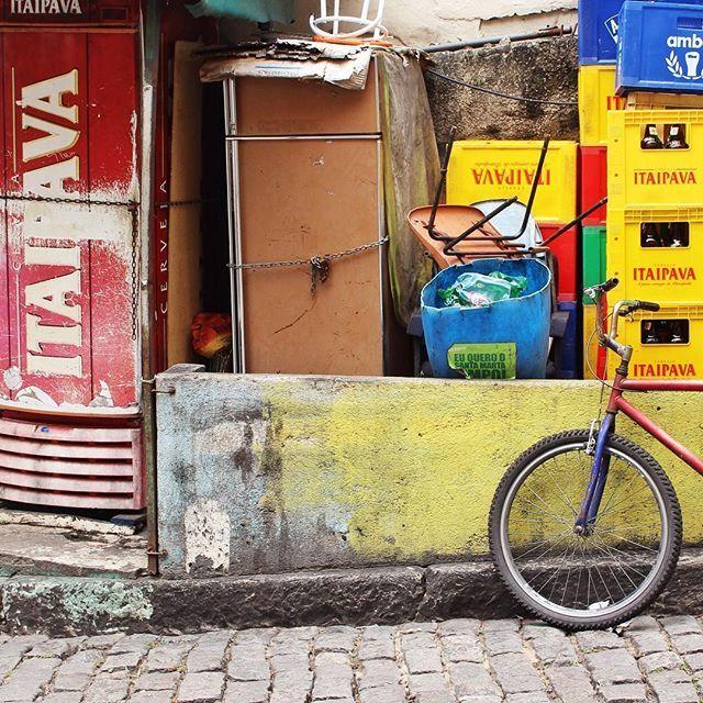 #laciudadalinstante #riodejaneiro #brasil Bicicle in Rio de Janeiro By La Ciudad al instante#instagramers #instagram #instagrambrasil #instagood #bicycle