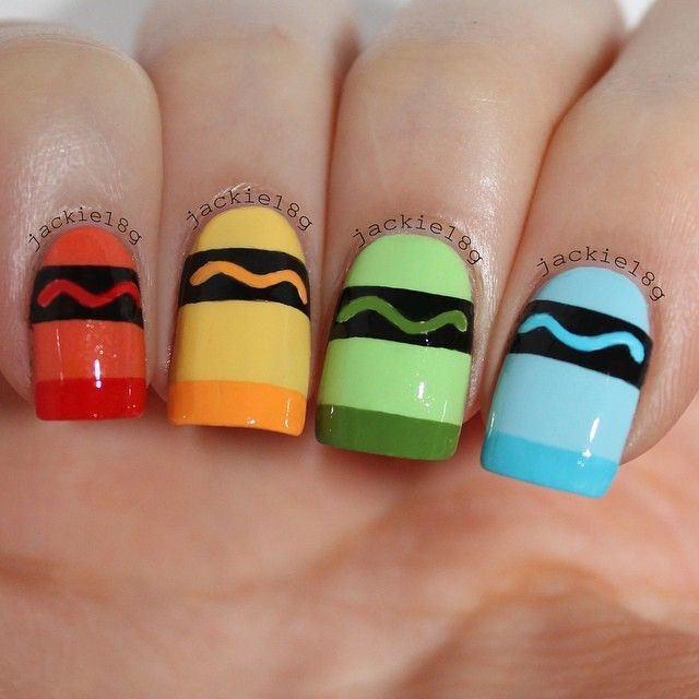 Supercute back-to-school nail idea!