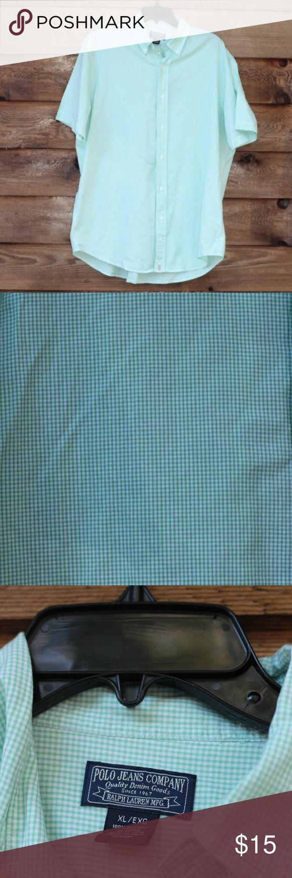 "Polo Jeans Co Short Sleeve Shirt Size XL Pre-loved Polo Jeans Co short sleeve shirt for men size XL. Gingham pattern in white and lime green. In great used condition.   Approx 26"" from armpit to armpit Approx 29.5"" from shoulder to hem Sleeves are approx 10.5"" 100% Cotton Polo Jeans Company Shirts Casual Button Down Shirts"