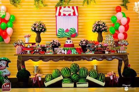 Festa de aniversário decoração tema Melancia 1 ano NanaLu  colorido rosa verde vermelho menina (69)9965-0014 personalizados