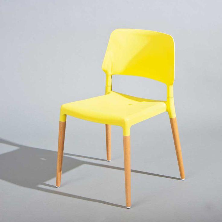 Die besten 25+ gelbe Stühle Ideen auf Pinterest | gelbe Essstuhl ...