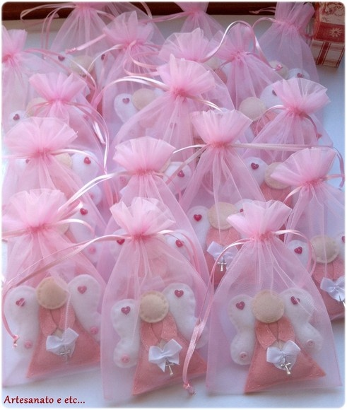 Darling felt angel ornaments - cute gifts!
