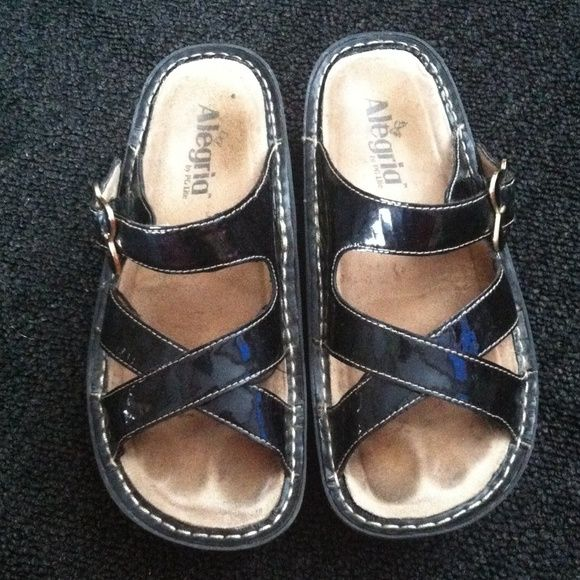 Black Alegria Sandals Insert is worn but the shoes themselves are in good condition. Alegria Shoes Sandals