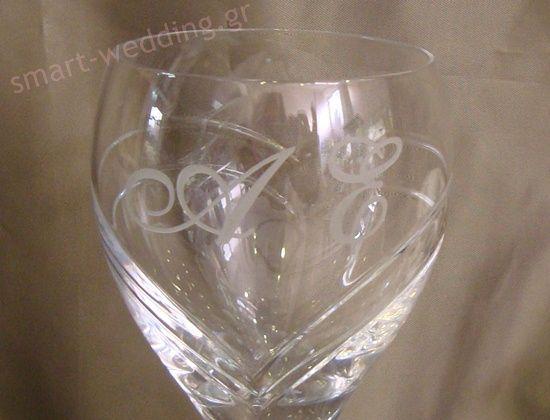 Κρυστάλλινο ποτήρι κρασιού για γάμο με μονογράμματα