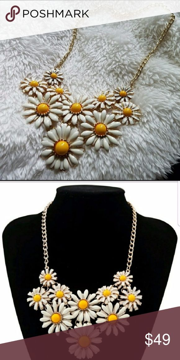 Chunky Daisy Yellow Flower Bib Collar Necklace (other colors available in other listings) Re-stock. Feminine and flirty flower necklace. Gorgeous life size small daisies in enamel. Yellow centers that can compliment your outfit. Heavy and beautiful quality. I've sold several and have gotten wonderful feedback. Perfect for Spring or Summer or really any time of year. chunky spring summer floral hippy hippie gypsy festival Coachella bohemian boho flower child fashion costume 3d flowers texture…
