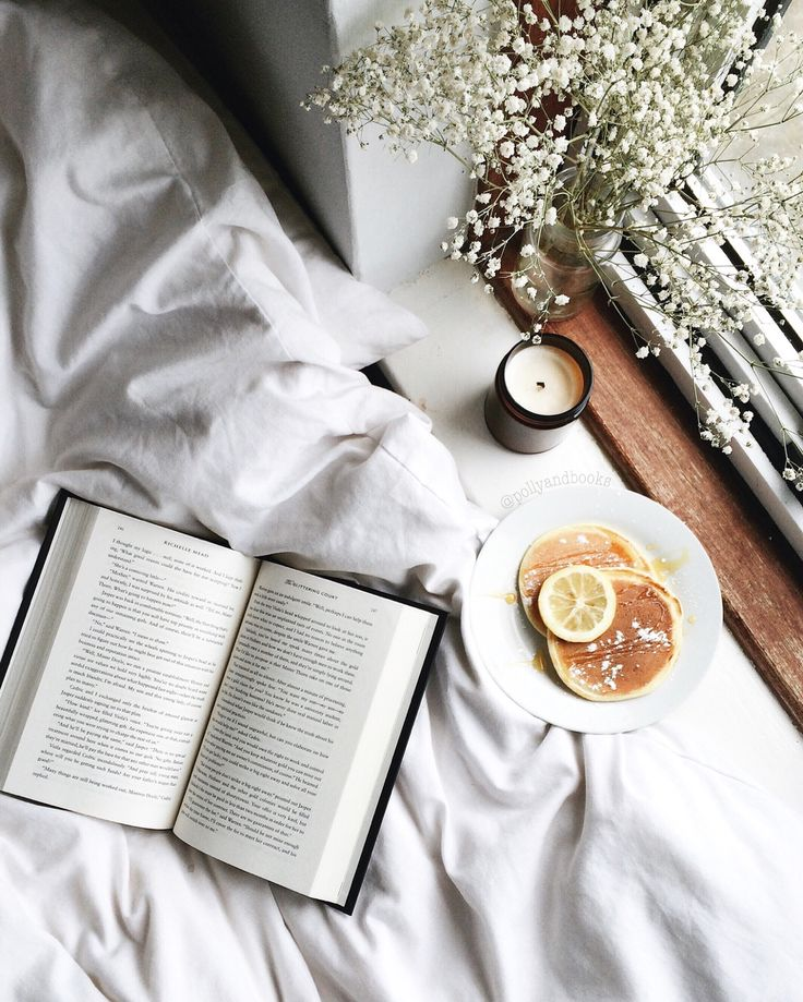"pollyandbooks: "" Lazy Saturday mornings ♡ """