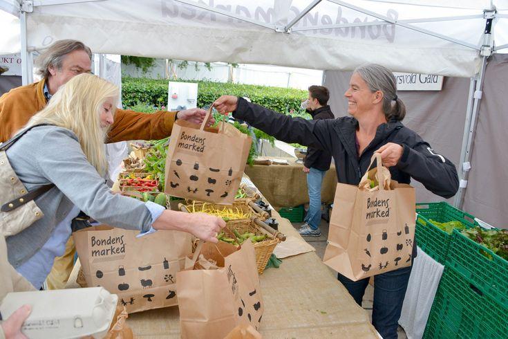 8 gode grunner for å handle på Bondens marked! Les mer her: http://blogg.yellospace.com/2017/03/24/bondens-marked/