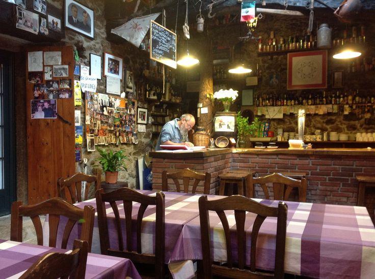 A bar for breakfast, in San Xulian