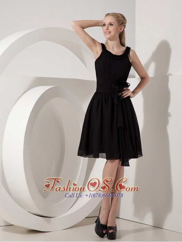 Customize Empire Scoop Little Black Dress Chiffon Hand Made Flower Knee-length-   http://www.fashionos.comzipper up back prom dress | 2013 popular prom dress for formal evening | online dress store on sale | high end low price | social activities club | knee length prom dress | cheap prom dress under 100 | black chiffon prom dress | handmade flowers prom dress | jazz dance dress |