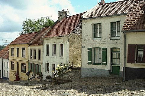 Pas-de-calais is the region in France my family moved from. I would love to go see where some of my roots began!