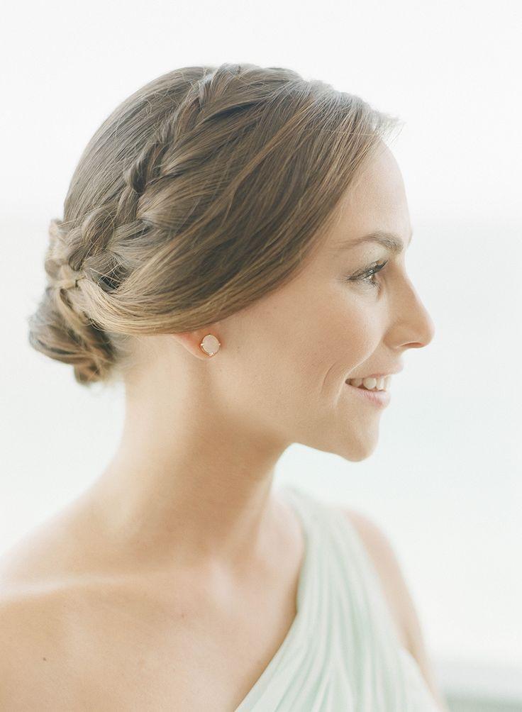 bridesmaids' hair styles - photo by Lisa Blume Photography http://ruffledblog.com/destination-wedding-in-a-puerto-rican-rainforest