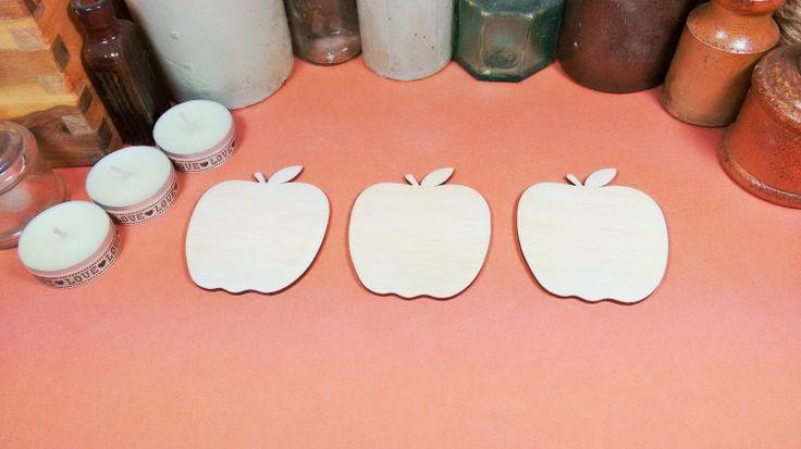 Apple 7.5cm - Wooden Apple Craft shapes x 3