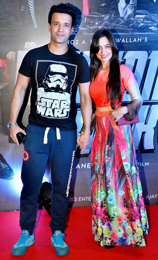 Aamir Ali and Sanjeeda Sheikh at 'Welcome Back' premiere. #Bollywood #WelcomeBack #Fashion #Style #Beauty #Hot