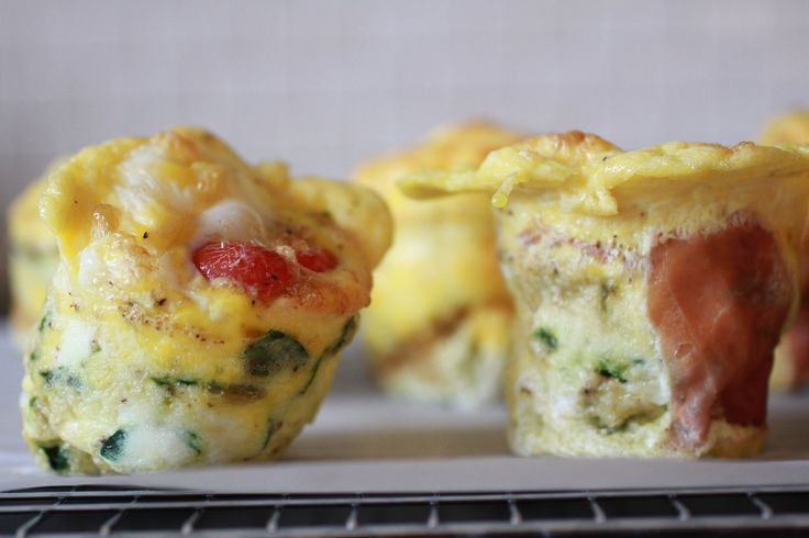 Omelet Popovers | WeeklyGreens.com | Breakfast/Brunch | Pinterest