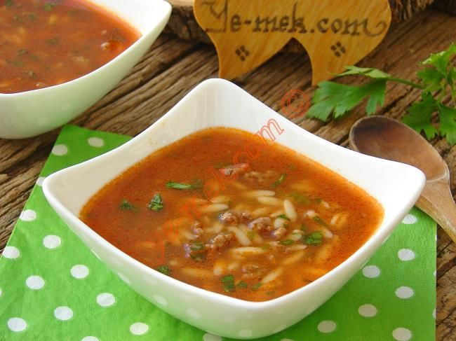 Kıymalı Arpa Şehriye Çorbası Resimli Tarifi - Yemek Tarifleri